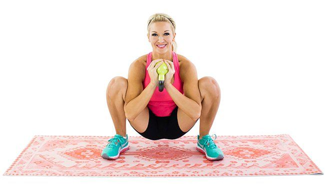9 Ways to Stretch Your Hip Flexors 6) Goblet Squat Hold: This is a great stretch for the hips, hamstrings, and glutes, while also strengthening them as well. It also targets the hip flexors and stretches the groin