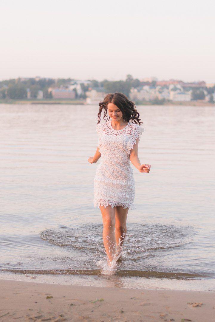 Daria Chesnokova photography.   Summer Wedding. River. Bride.