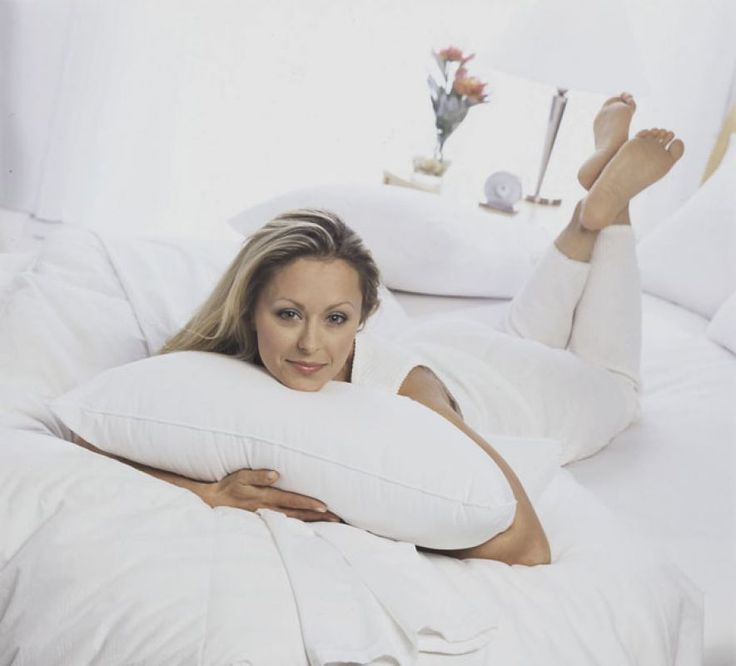 Cum sa adormi rapid? De cate ori nu mergem la culcare, dar ajungem sa admiram peretii sau sa ne intoarcem de pe o parte pe alta zeci de minute? Daca ati incercat sa numarati sute de