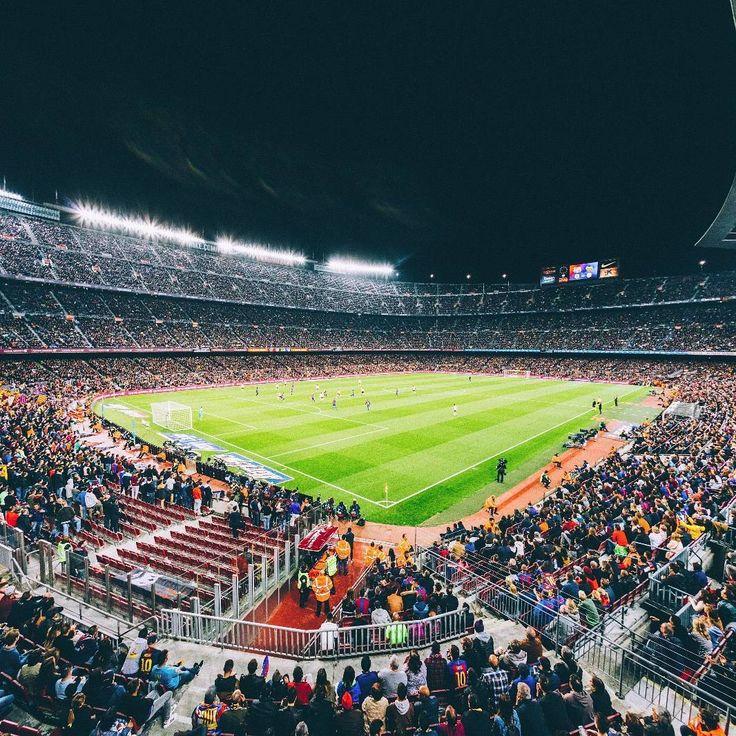Hoy cumple años mi querido Camp Nou, donde viví muy lindos momentos que jamás olvidaré...