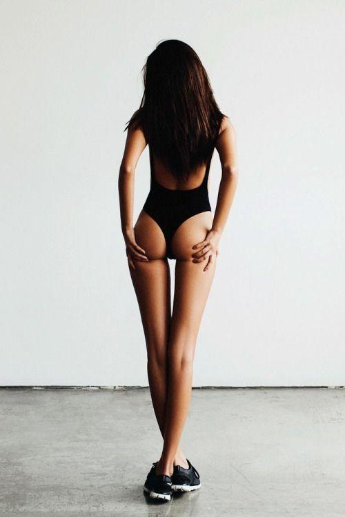 Hot mature brunette milf ass would