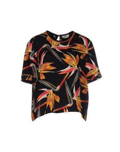 FENDI Blouse. #fendi #cloth #dress #top #skirt #pant #coat #jacket #jecket #beachwear #