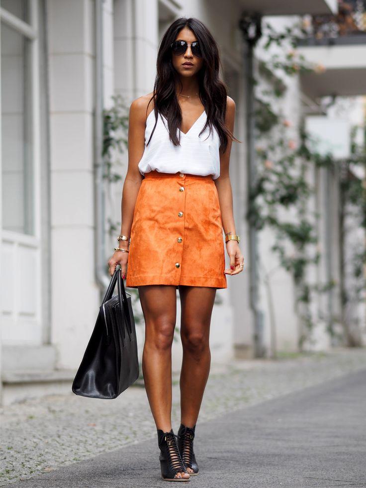 オレンジスカート。