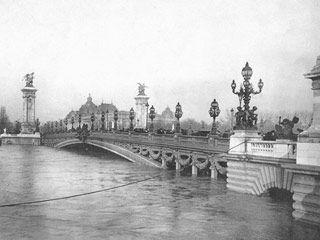 Crue de 1910 Paris - Pont Alexandre 3