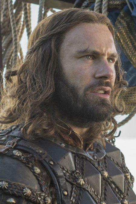 CLIVE STANDEN - Rollo dans la série Vikings