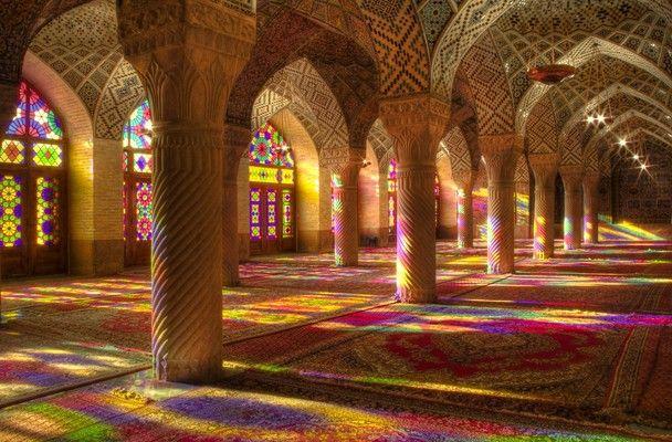 画像 : 想像を絶する美しさ!イランのピンクモスクの中の絶景! - NAVER まとめ