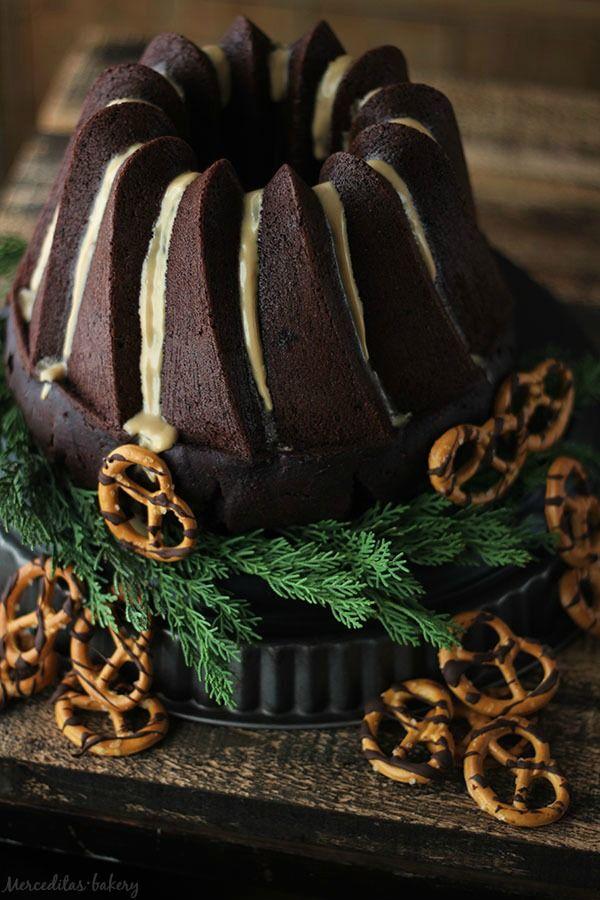 Bundt cake de chocolate y Guinness con glaseado de Baylis