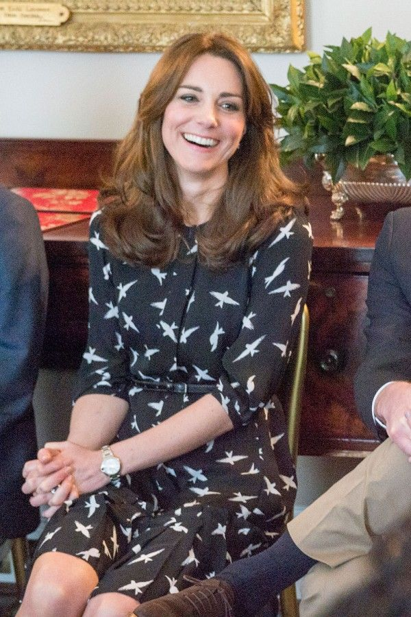 Kate Middleton In A £60 Jonathan Saunders For Debenhams Dress At St. Thomas' Hospital, March 2016