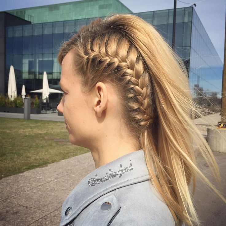 "123 tykkäystä, 6 kommenttia - Heli (@braidingbad) Instagramissa: ""Side #frenchbraid -simple, yet so stunning 😍😎 . . #perjantaikampaus #braidinghair #braidideas…"""