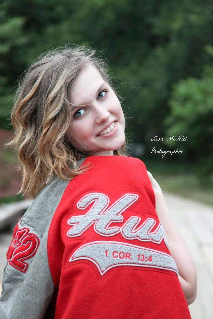 click the pic to see photography inspiration for high school seniors, letter jacket pictures - girls