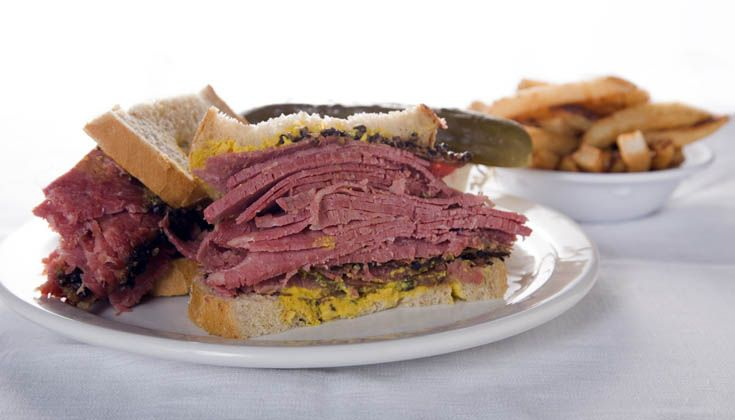 Main Deli Steak House | Best Smoked Meat in Montreal, Le meilleur smoked meat à Montréal