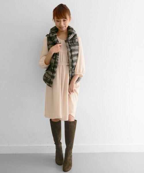 春先コーデはピンクのワンピ♡春夏ファッションのダウンベストコーデを集めました!