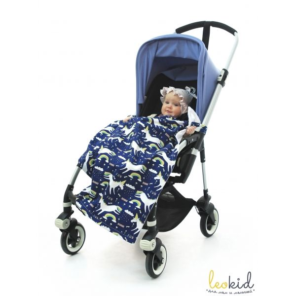 """Джинсовый плед для коляски """"Hi Unicorn"""" (Привет, Единорожка)  Детский джинсовый плед для коляски  станет  отличным аксессуаром на прогулках и в путешествии с малышом. Пледом можно пользоваться на прогулках в прохладную погоду, в автомобиле и использовать в качестве накидки во время кормления малыша грудью."""