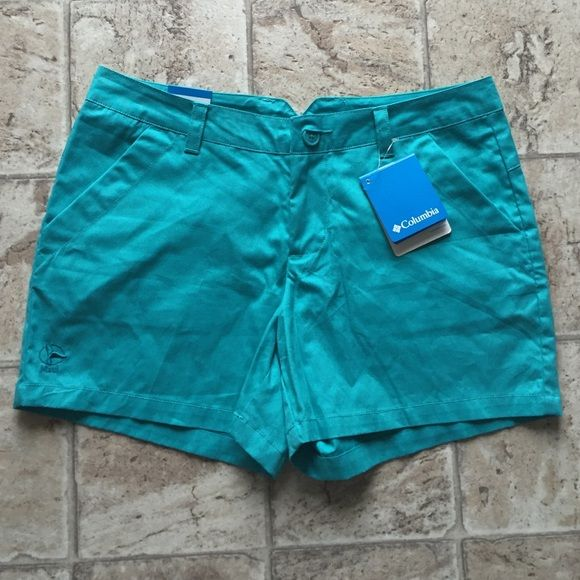 """NWT Columbia teal shorts sz 8 Gorgeous teal shorts with pockets ! 4"""" inseam. Tiny Maui insignia on bottom. Sorry a little wrinkly  Columbia Shorts"""