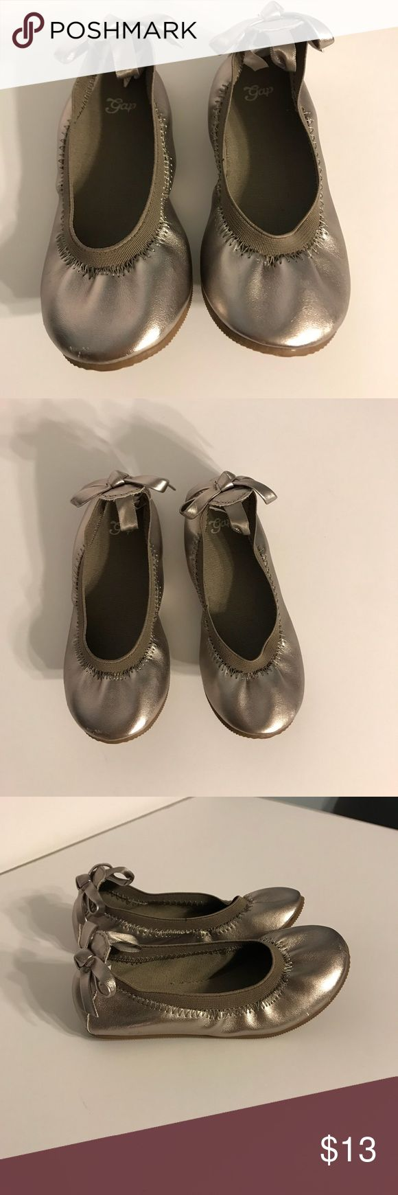 Gold Ballet Flat shoes Gold flat ballet shoes with bow GAP Shoes Dress Shoes