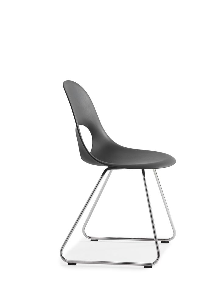 This SayO MiniLux Chair full painted black with metal legs. Find out more at www.sayo.dk.