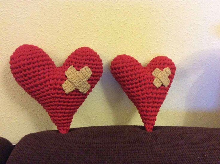 Famoso Corazón Rojo Sombrero De Patrones De Ganchillo Ilustración ...