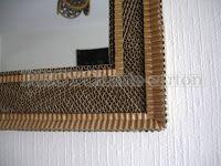 RECYCLarte-carton ( cartonnage ): espejo con marco vista canalon/ miroir avec cadre conception cannelure