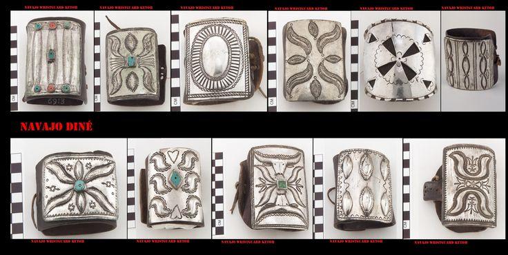 """Con l'argento, gli artigiani Navajo, producono molti e particolari ornamenti, come queste polsiere da arciere. Se lo stile è quello ispano-moresco, il simbolismo che si cela dietro questi ornamenti scaturisce dalla mitologia indigena. I Navajo hanno iniziato a lavorare l'argento solo nel 19° sec. Delgadito o """"Old Smith,"""" (c. 1828-1918) potrebbe essere stato il primo Navajo ad aver imparato il mestiere da un argentiere messicano intorno al 1853"""