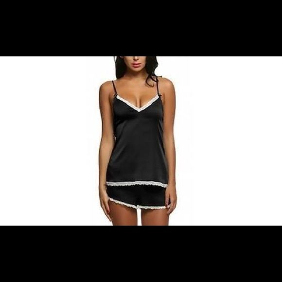 Shop Women's Leo Rosi Black size M Pajamas at a discounted price at Poshmark. Description: Leo Rosi Women's Sophie Cami & Short Sleep Set Size MEDIUM. Sold by kimskornernh. Fast delivery, full service customer support.