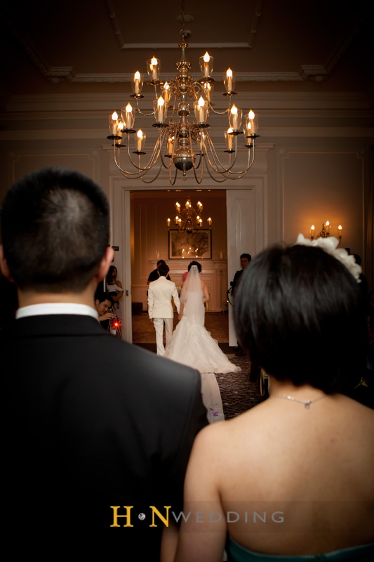 #Chandelier #HNwedding #Vancouver #weddingday #ceremony #www.hnwedding.com