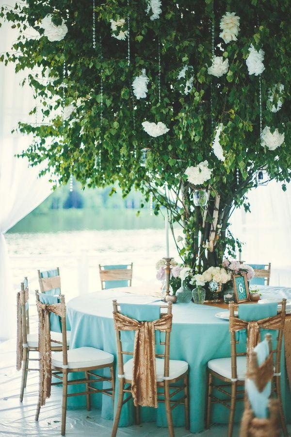 От мятного до изумрудного — декор одной свадьбы
