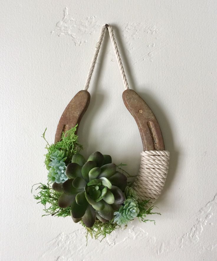 Wedding Succulent lucky horseshoe, boho, wedding, home decor, garden, bridal shower, wall decor,enchanted forest, by Rusticredoo on Etsy https://www.etsy.com/listing/507979665/wedding-succulent-lucky-horseshoe-boho