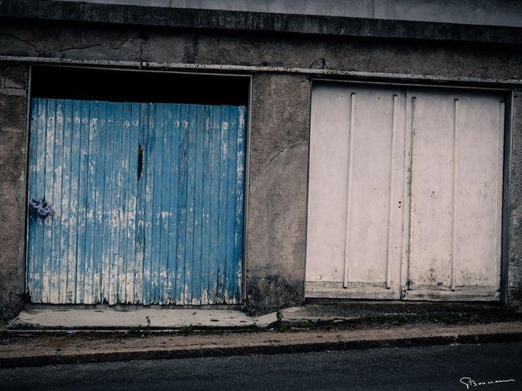 Les deux garages