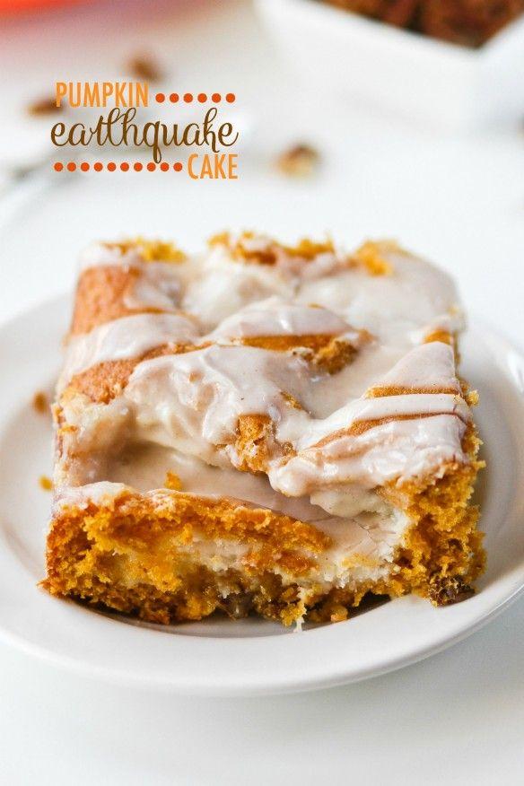 Pumpkin Earthquake Cake | confessionsofacookbookqueen.com | Bloglovin'