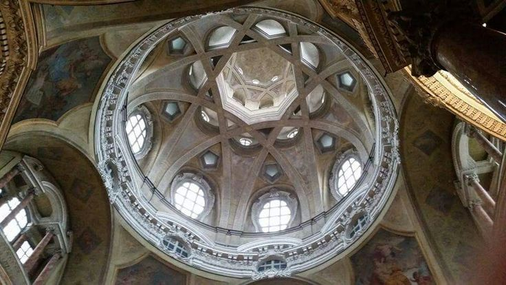 Cupola ad archi intrecciati-Chiesa di San Lorenzo-Torino-Italy