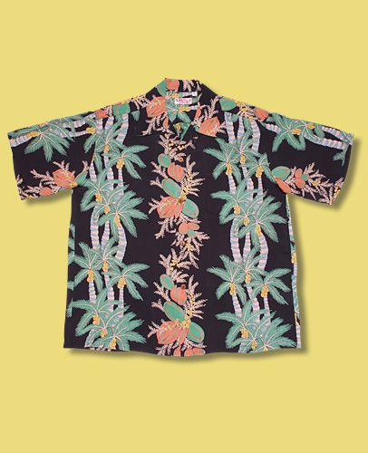 dating hawaiian shirts Today we talk men i mean men in hawaiian shirts, fine here's the thing about this 1935 shirt invented in honolulu for tourists to take home postcard looking clothes – it's been out there, floating around the idea of style for sometime, and with the exception of the 30s, 40s, and 50s when really, really stylish men rocked them, i can only recall less great things about this type of shirt.