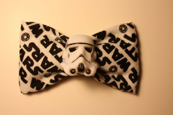 Stormtrooper Hair Bow (need this STAT): Hairbows, Bows Ties, Storms Troopers, Bow Ties, Stars War, Star Wars, Bowties, Hair Bows, Starwars