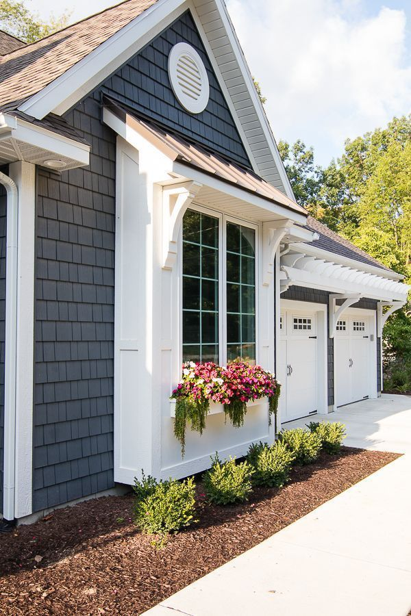lake house exterior street side cottage exterior on lake house color schemes id=92098