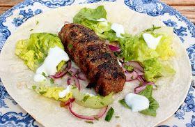 Monicas Matverden: Spicy wraps med grillet kofta av lam, pistasjnøtter og yoghurt