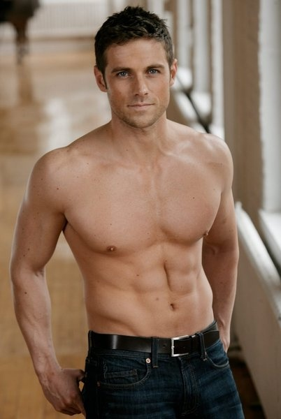 Dylan Bruce aka Paul from Orphan Black... the things i'd do to this man <3