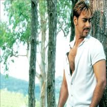 Listen online Bollywood songs from the best compilation Ajay Devgan Special which include songs like Dil Kya Kare,Kitna Haseen Chehra the song sung famous singer like Udit Narayan,Alka Yagnik