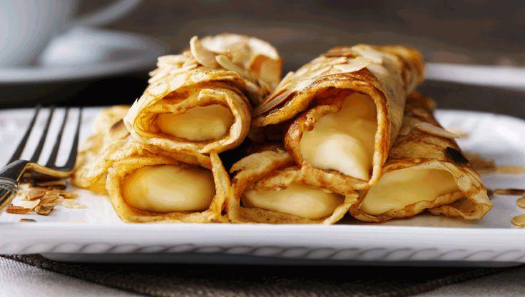 Her får du tre slags dej til søde pandekager med fyld, som alle kan bages og spises naturel med lidt sukker og evt. syltetøj. Du kan også vælge at fylde dem med en god creme eller blød is