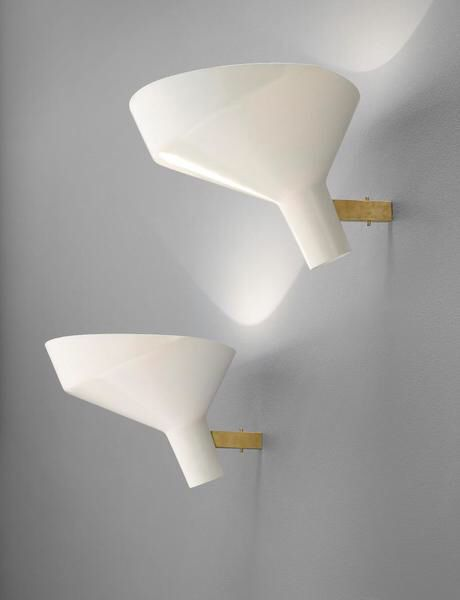 Gino Sarfatti - Pair of wall lights, model no. 225 Medium: Painted aluminium, brass. Dimensions: Each: 24 x 38 x 40 cm (9 1/2 x 14 7/8 x 15 3/4 in.) Lot Number: 193 Estimate: 5.000,00 £ - 7.000,00 Auction: DESIGN Location: LONDON Sale Date: 28 APRILE 2016 Website: http://www.phillips.com Phone: US +1 212 940 1228 UK +44 20 7318 4045 Try the Phillips app for yourself -- available from the iTunes App Store http://itunes.apple.com/app/id397496674
