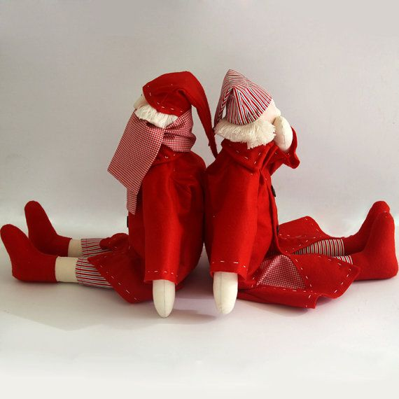 Mr and Mrs Redcoats dolls