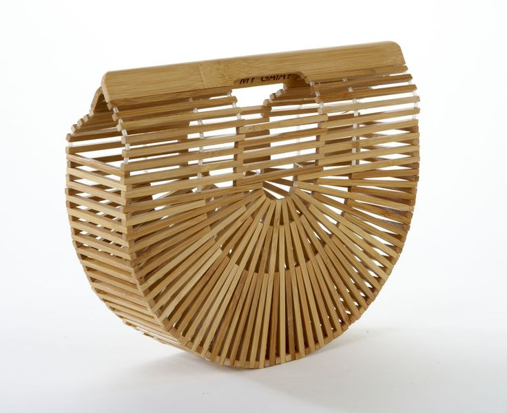 Statement summer bags that will complete any look: wooden structured bag by Cult Gaia