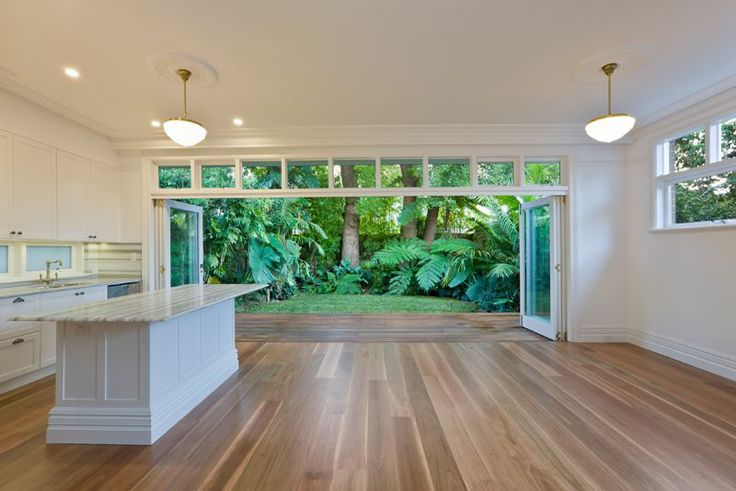 Kirribilli House by Insight Flooring www.insightflooring.com.au 180 mm Prestige Grade Spotted Gum flooring finished with Synteko Classic.
