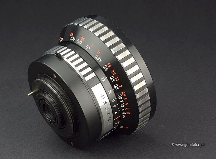 Carl Zeiss Jena Flektogon 20mm f/4 - M42