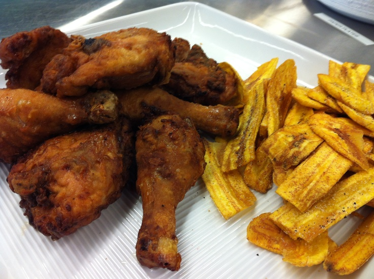 Fried #chicken with fried plantains.. yum!