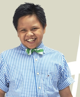 Rafi Daeng (Rafi) is 12 years old singer, he can plays piano too. He's interested in Swing Jazz. He can do 'sketching' directly.
