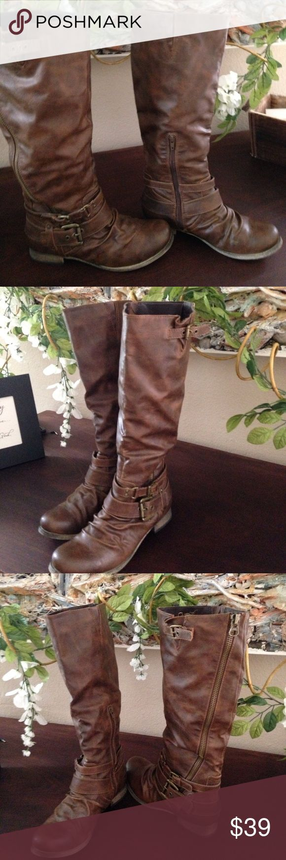 Carlos boot Cute with evening summer dress etc. great boot, clean ! Carlos Santana Shoes Ankle Boots & Booties