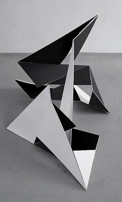 Franz Riedl   Variables Objekt   cardboard folding object photodocumentation