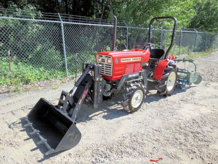 """Agricultural Tractor 4WD 3 SPD Diesel Engine PTO 50"""" Rear Tine 39"""" Front Loader…"""