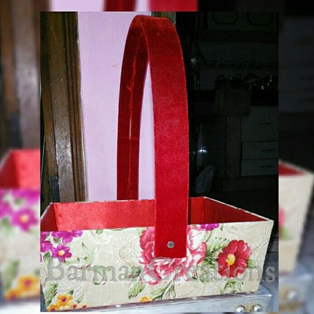 Floral Baskets Available in All Colors · · · · · · · · · ·  #gift #giveaway #vendor #barmancreations #boxes #baskets #cages #trays #jewellery #chocolates #almonds #guests #boxes #giftitems #stock #products #photo #weddingfavors #events #photographer #instagood #like4like #followme #delhi #delhidiaries #newdelhi #wedwise #sodelhi #wearegurgaon #wedtalkindia