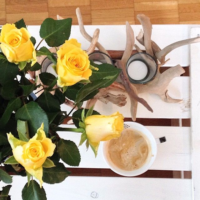 """""""Saturday at home with roses, candels and coffee. Wish you all a beautiful weekend! #saturday #weekend #home #homesweethome #roses #yellow #white #coffee…"""""""