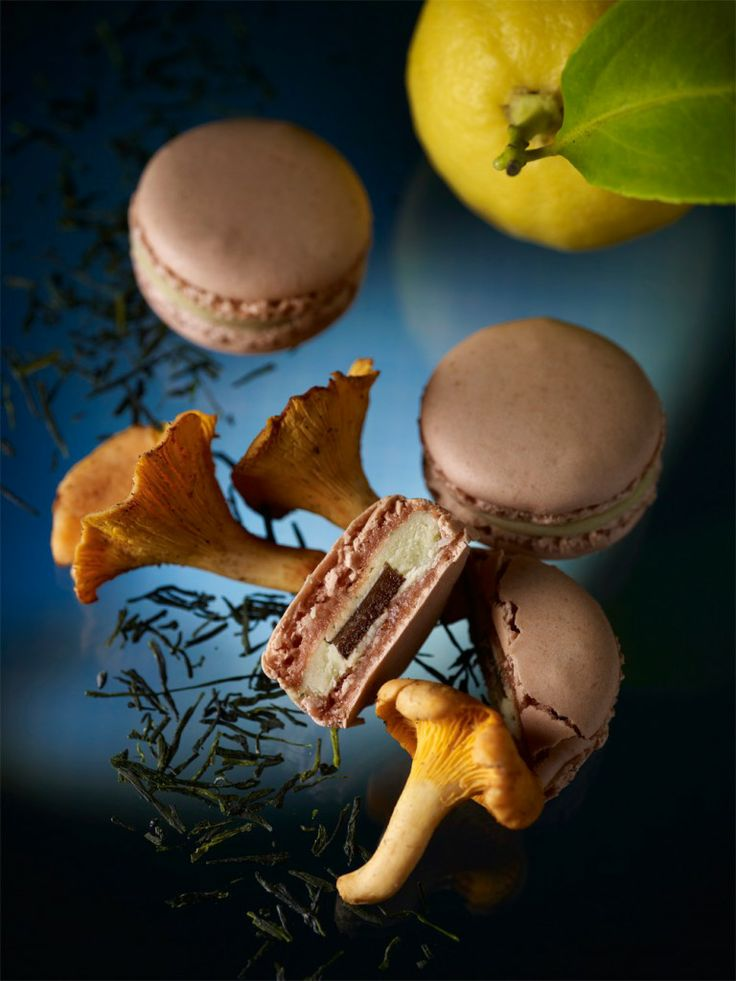 MACARON JARDIN MARIN BY PIERRE HERMÉ (Thé vert, Girolle & Citron) #herme #macaron #jardins #pastry #gastronomy #macaronsetgourmandises